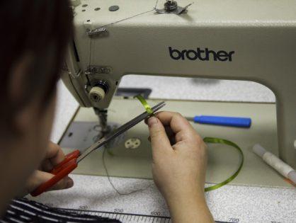 Двери швейной мастерской Центра «Мастер ОК» всегда открыты для новых заказов